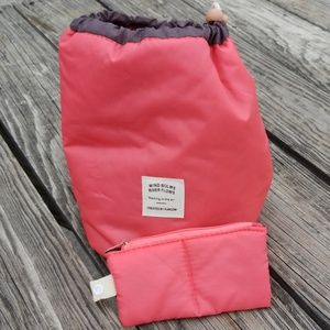 NWOT Pink Wind blows River Flows Lunch bag